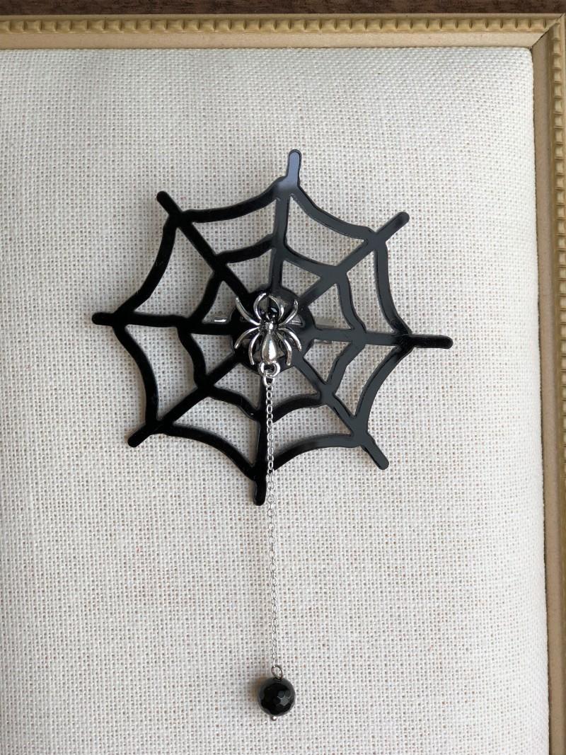 ca863c6528297a9a6bb9b4ee4f26a2fb - もうすぐハロウィン♪蜘蛛の巣のブローチとピアスを作りました。